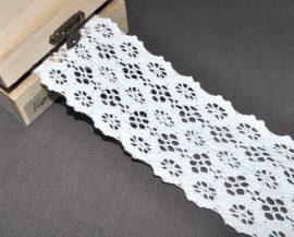 Fehér (55 mm) horgolt csipke